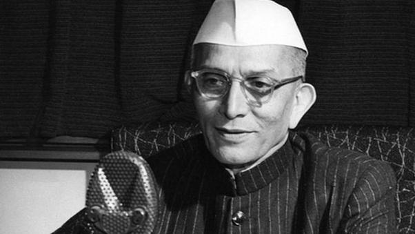 Why did the Indian Prime Minister Morarji Desai drink urine? - Quora