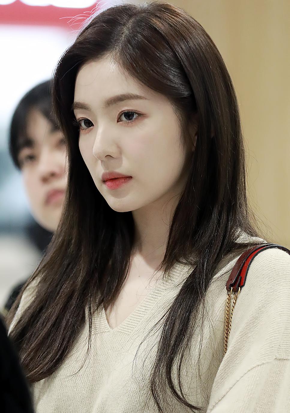 Does Red Velvet's Irene look old   Quora