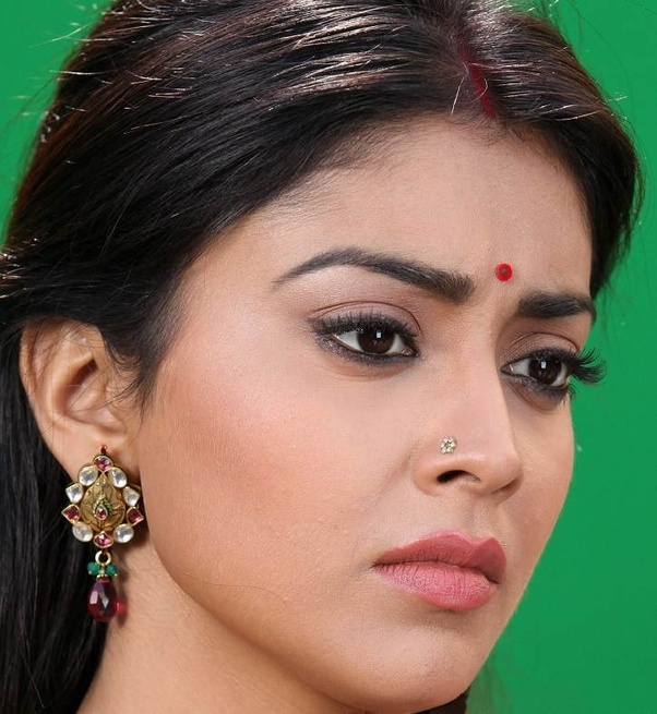 What Is The Significance Of Wearing A Nose Pin For Indian Women