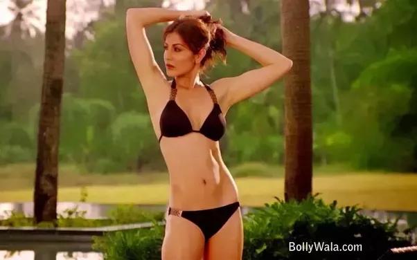 Anushka Bikini Pictures