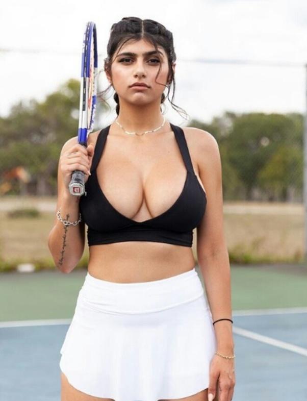Mia khalifa on leaving porn Who Is Mia Khalifa Can You Show Her Photos Quora