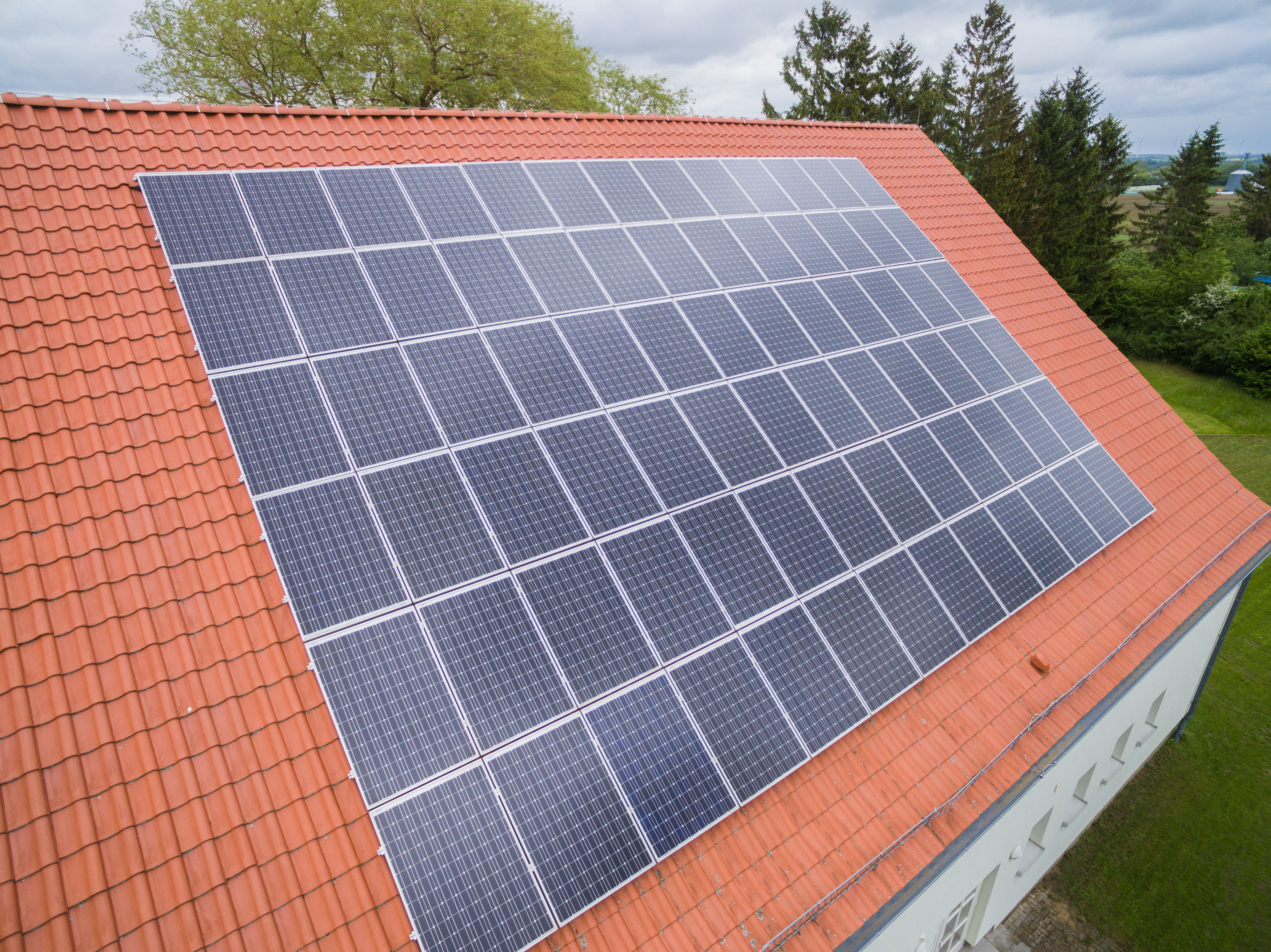 How Hard Is It To Install Solar Panel On A Townhome Quora Electricity From Panels Does Work Home For If You Are Looking Solutions I May Be Able Help Do Here But Theres No Bias Hahasmarts Online Price