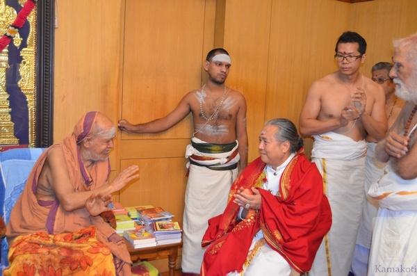 how to become a hindu nun