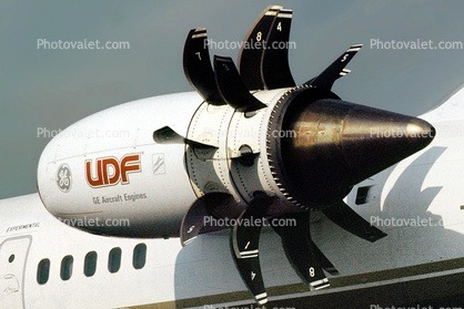 What are the significant differences between a turbofan engine and an ultra high bypass turbofan ...