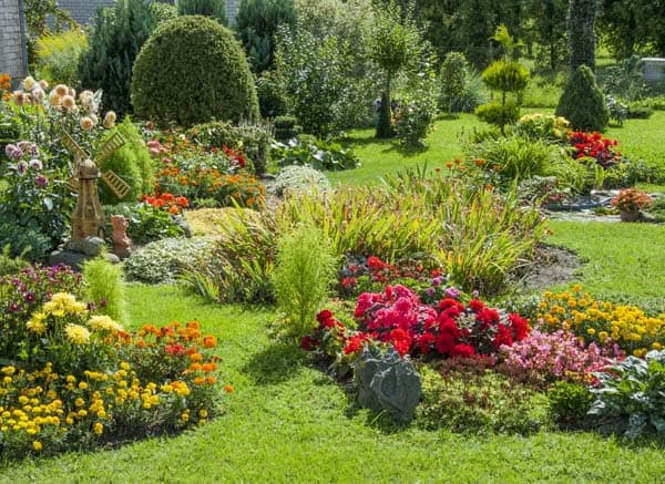 What S The Difference Between Landscaping And Gardening Quora