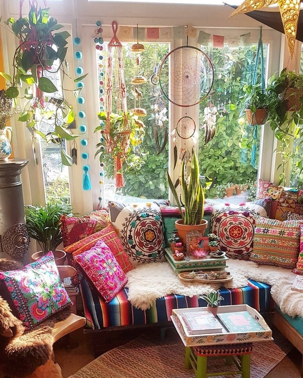 Bohemian Decor: What Are Some Of The Best Ways To Decorate A Room?