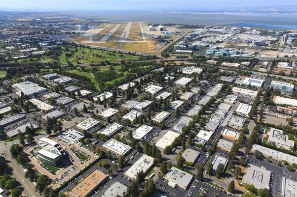 facebook menlo park office. Meanwhile, Menlo Park, Palo Alto, Sunnyvale, San Jose And Other Silicon Valley Areas That Have Tech Companies Are Full Of Acres Office Space Facebook Park P