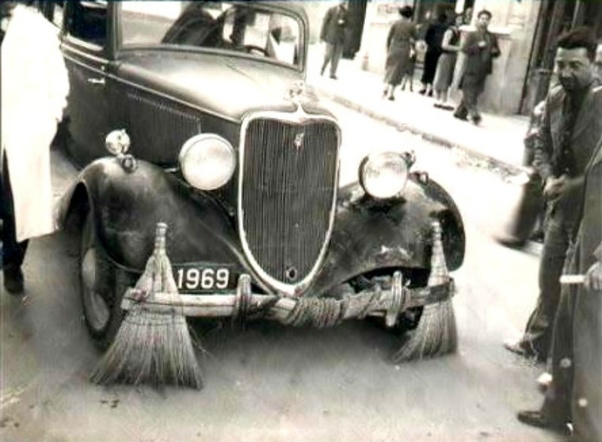 Is it true that an insulted Indian Maharajah used a fleet of Rolls Royces  to sweep streets and carry municipal waste to slight the English company? -  Quora