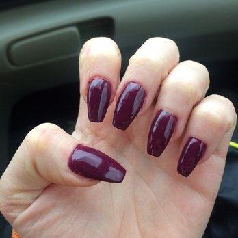 Do guys like when girls wear nail polish?