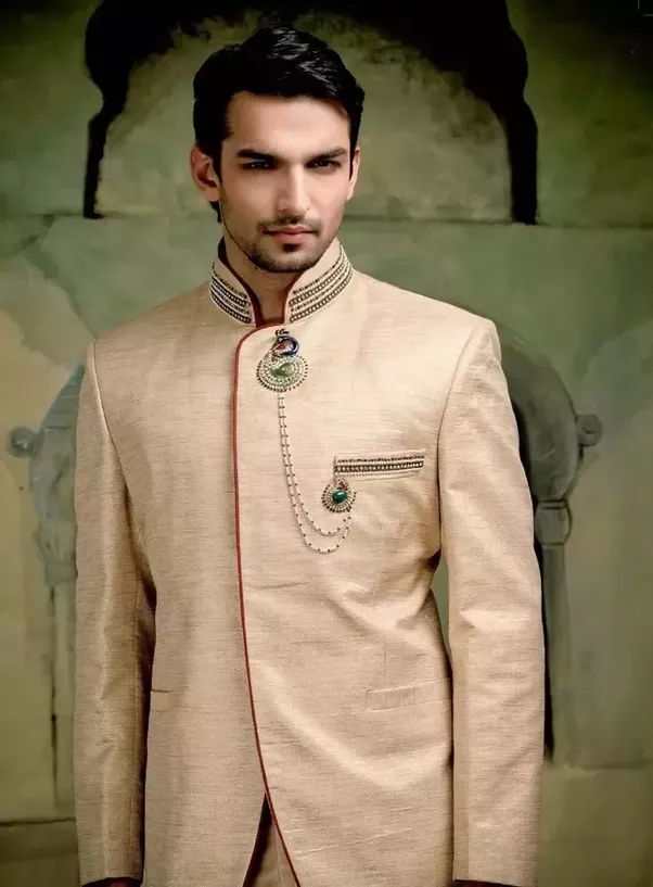 What should men wear at an Indian wedding? - Quora