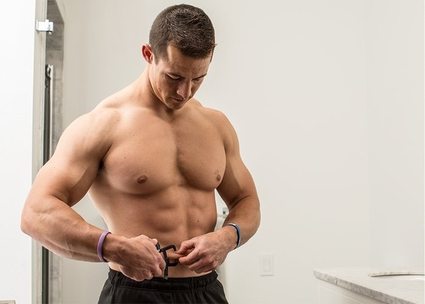 How can we have veins showing up in bodybuilding? - Quora