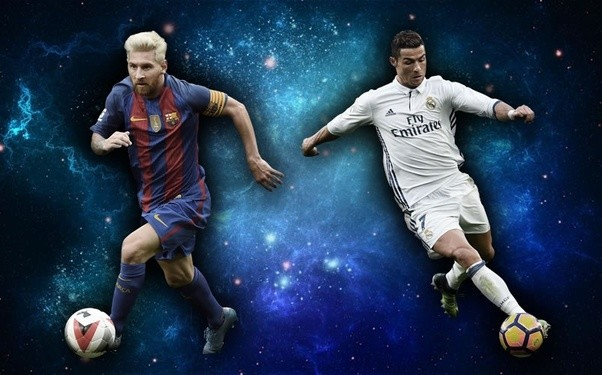 how does lionel messi and cristiano ronaldo play styles differ quora