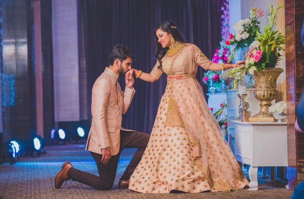 What are some of the best wedding dresses for Indian bride? - Quora