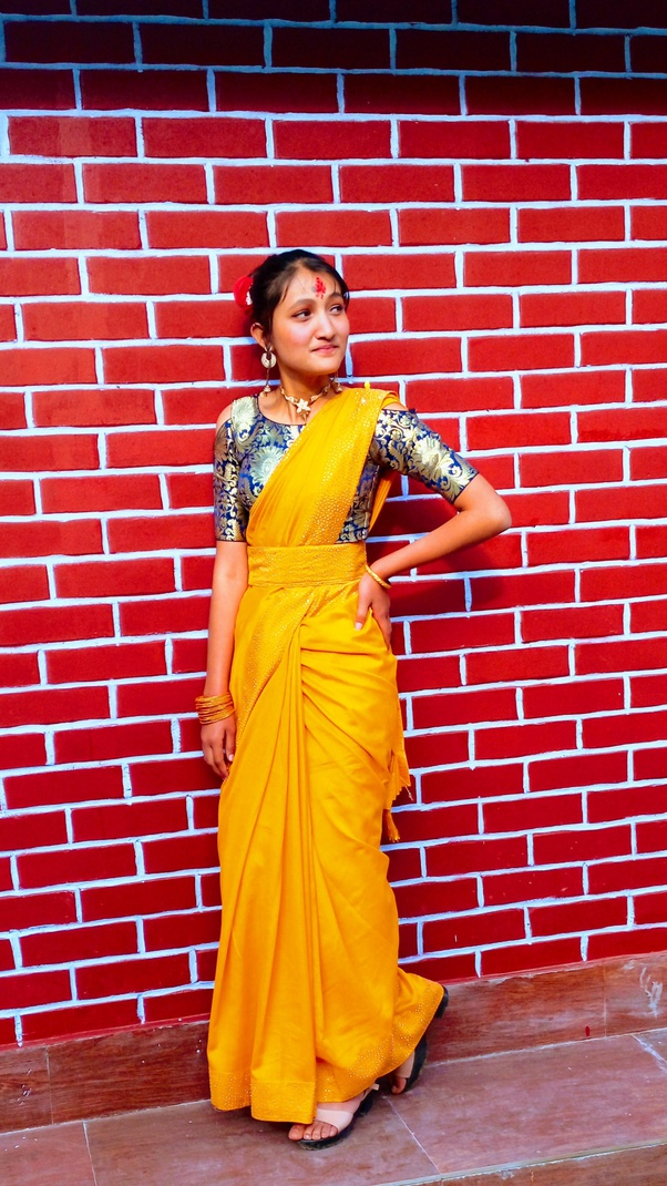 Best compliment for girl in saree