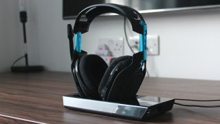 What wireless gaming headsets have the best connectivity? - Quora