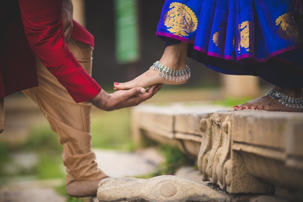 What Are The Best Pre Wedding Photoshoot Poses Ideas Quora