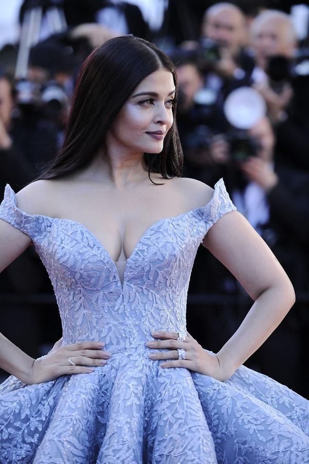 60 Sexy and Hot Aishwarya Rai Pictures - Bikini, Ass