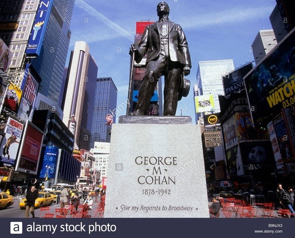 Statue of George M. Cohan at Times Square
