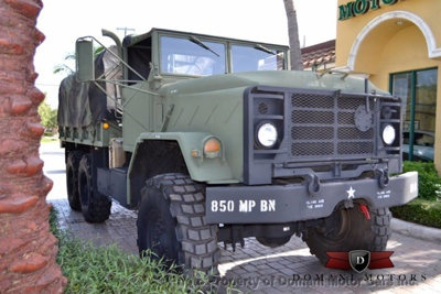 Do army vehicles have airless tires? - Quora