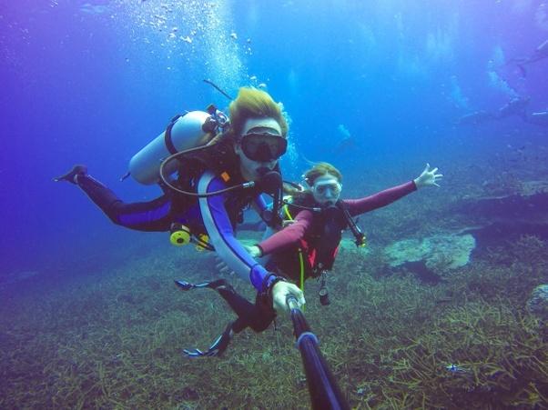 Can a non-swimmer do scuba diving? - Quora
