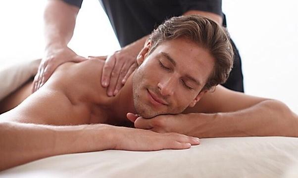 Massaggio porno con lieto fine