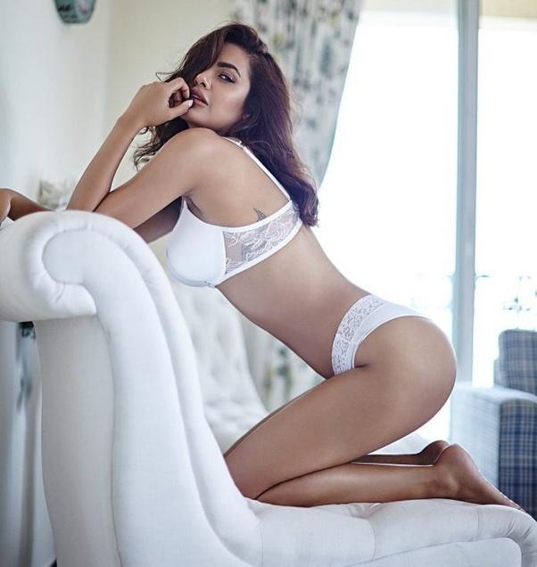 Top bollywood sexy actress