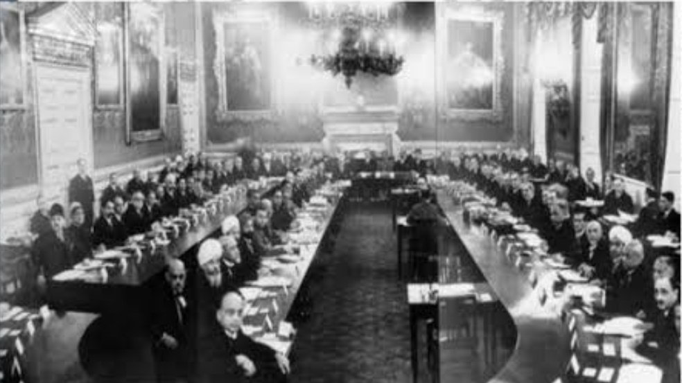Third Round Table Conference 1932, Why Second Round Table Conference Failed