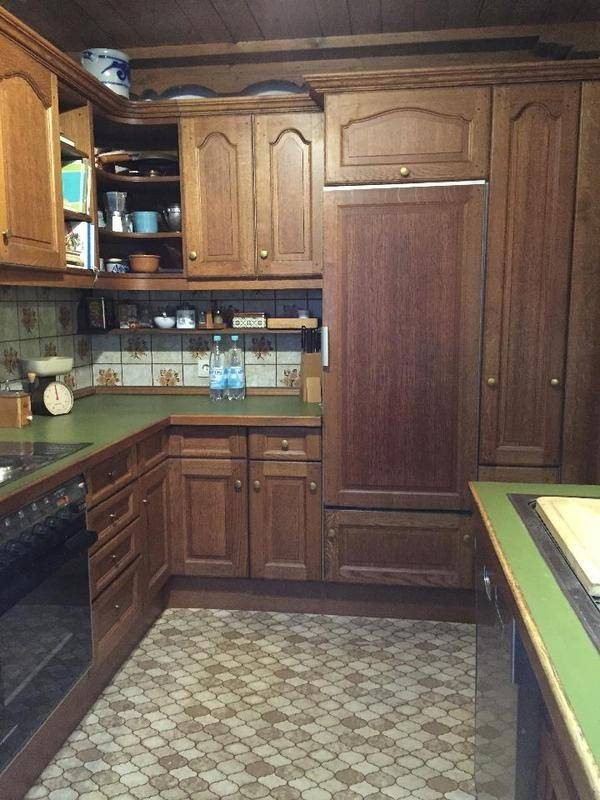 (thatu0027s More Or Less The Kichen My Mom Got In The Early 1980ies, Including  The Green Countertop)