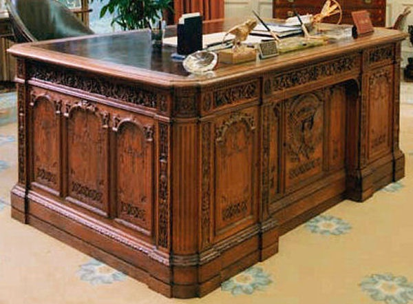 What Is The Name Of The Desk In The Oval Office Quora