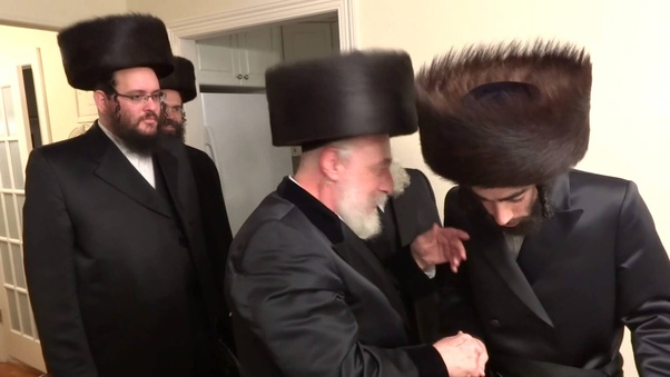 8c9f2ae851b The shtreimel (שטריימל) is made of real beaver fur and is usually first  received by a man from his bride s family — the hat can be very expensive so  this is ...