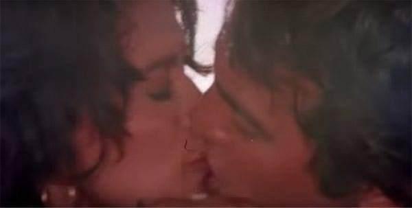 hot Madhuri scenes dixit