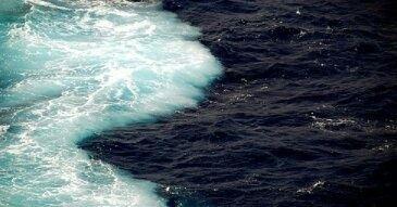 where 2 oceans meet and dont mix light