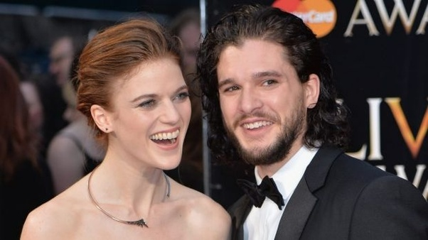 jon snow and daenerys dating in real life