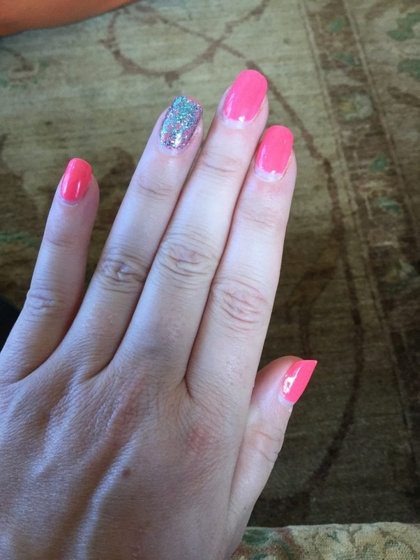 What are pink & white nails? How long do they last? - Quora