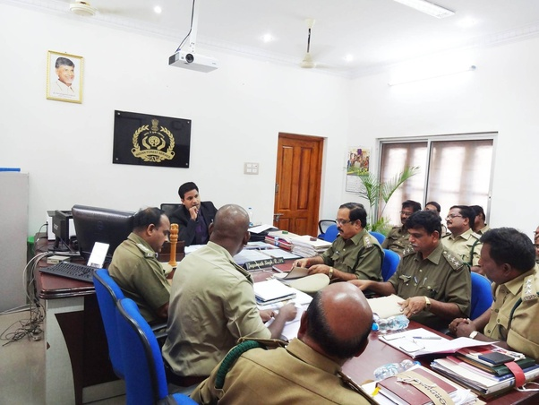 What is the reputation and salary of Forest range officer in