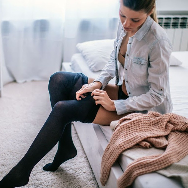 Do women still wear pantyhose? - Quora