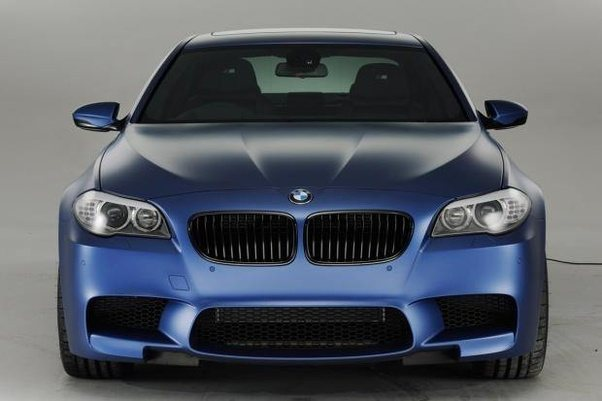 The M5 Has 552 Bhp From A 4.4  Litre Twin Turbocharged V8 Engine With 0 62  Mph In Just 4.4 Seconds And A Top Speed Of 190mph