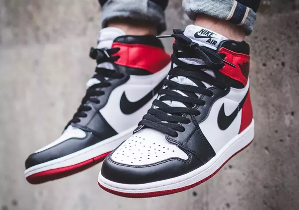 new style 62b29 0febb Which Jordan 1 colorway is better? - Quora
