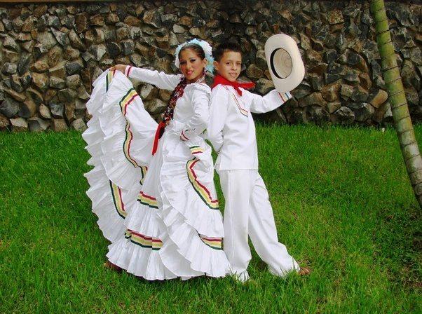 Traditional honduran clothing