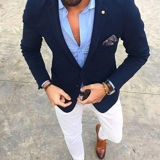Which Colour And Type Of Pants Will Look Good With A Navy Blazer
