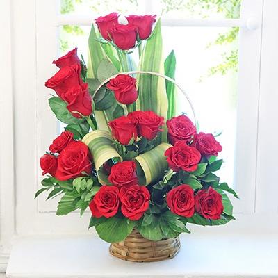 main qimg 4439b74dd6f910395091619daf6930fe - Best florist in Dubai?