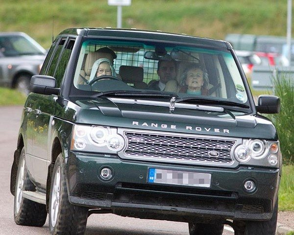 What is the difference between a Range Rover HSR and a Range Rover