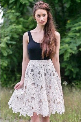 Where to Find Lace Dresses