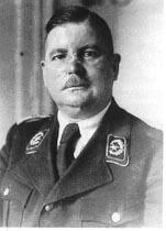 Durant Le Iiie Reich Quel Etait Le Role Des Sa Et Quel Etait Celui Des Ss Quora