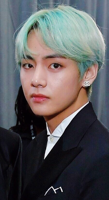 What is your favorite hair color and style on BTS' Taehyung