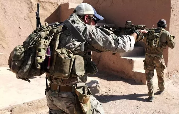 e5162f85b Why do Special Forces wear baseball caps? - Quora