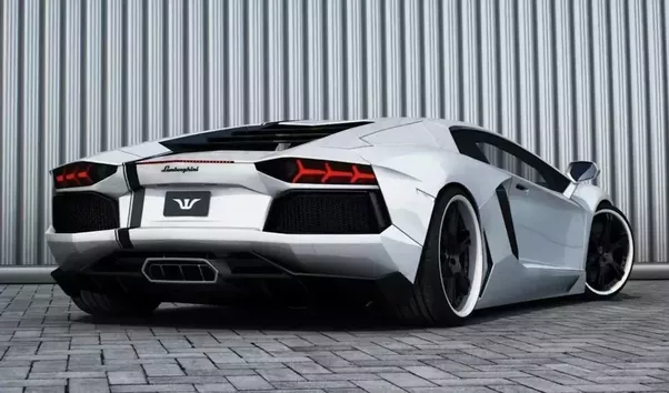 How To Differentiate Between The Different Lamborghini Car Models By Just Looking And Without