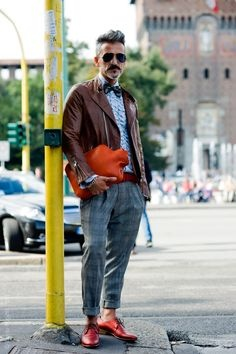 12306e3e Which style of dressing goes best with orange shoes for men? - Quora
