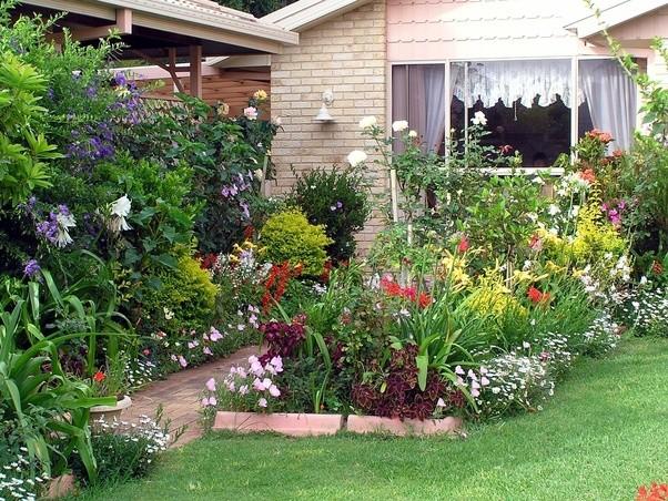 Beautiful Cottage With Perennial Flower Garden
