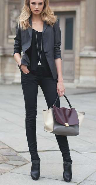 What Goes With Black Jeans 2